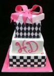 diva themed quinceanera cake.jpg