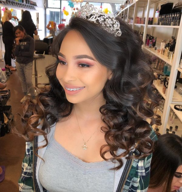 10 Absolutely Stunning Quinceanera